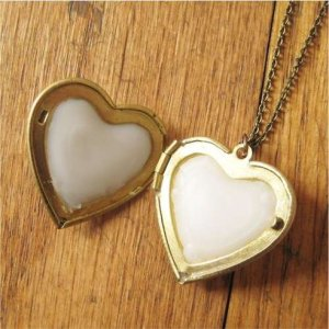 Perfume-Filled-Locket-with-Customizable-Perfume-R.jpg.492x0_q85_crop-smart
