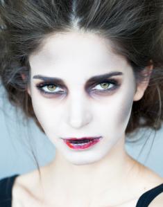 five fierce woman halloween makeup ideas  the green